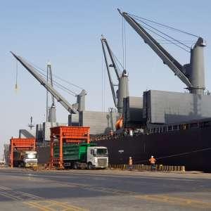 في دلالة على إسهامه في تحقيق هدف رؤية المملكة 2030 برفع نسبة الصادرات غير النفطيةميناء الملك عبدالله يختتم 2019 بزيادة سنوية قياسية في طاقته الإنتاجية للبضائع السائبة والعامة