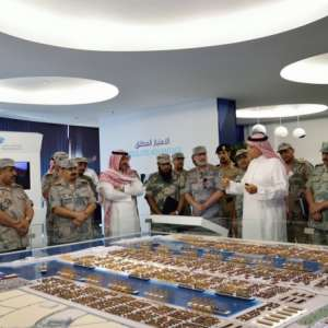 مدير عام حرس الحدود يزور ميناء الملك عبد الله