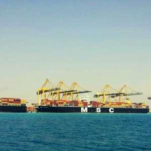 تأكيداً لقدرته وجاهزيته بإمكانيات هائلة ميناء الملك عبد الله يستقبل 3 سفن عملاقة في وقت واحد