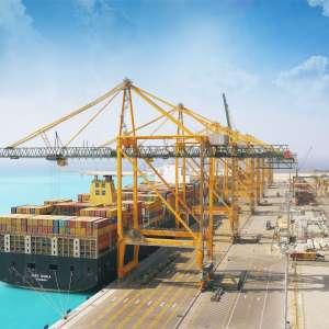 خبراء عالميون: ميناء الملك عبدالله يلعب دوراً حيوياً في تطوير قطاع الشحن البحري السعودي أحدث ميناء في المملكة يوفر الدعم التكاملي لمنظومة الموانئ السعودية