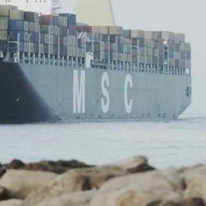 The first mega-vessel arrives in port