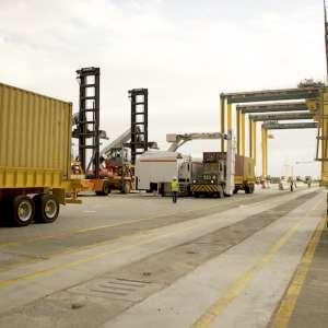 ميناء الملك عبدالله يستقدم تقنيات حديثة تستخدم للمرة الأولى في المملكة لتفعيل مبادرة فحص الحاويات خلال 24 ساعة
